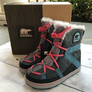 SOREL Glacy Explorer Shortie Boots Waterproof 6.5